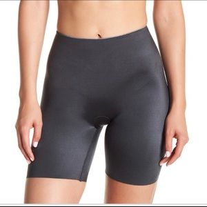Spanx Slimplicity Mid-Thigh Shorts